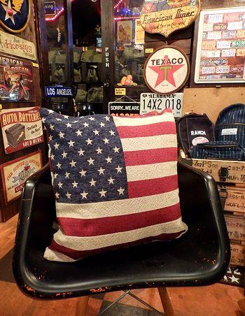 USAクッション アメリカ柄クッション 星条旗クッション アメリカンインテリア GOOUT Lightning アメリカ雑貨屋 サンブリッヂ