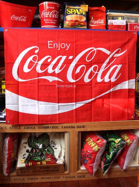 コーラ フラッグ 旗 タペストリー コカコーラ アメリカン 通販 アメリカ雑貨 アメリカ雑貨屋 サンブリッヂ