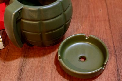 手榴弾灰皿 グルネード灰皿 ミリタリー灰皿 アメリカ雑貨 サンブリッヂ 通販商品