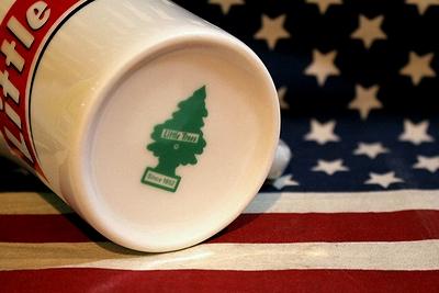 リトルツリーマグカップ コーヒーマグカップ リトルツリーエアフレッシュナー アメリカ雑貨屋 サンブリッヂ 通販