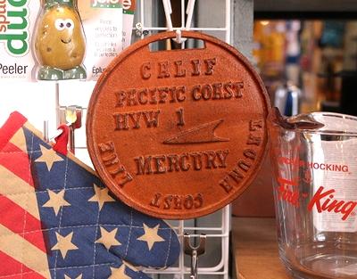 マーキュリー鍋しき アイアントリベット 鍋しき MERCURY アメリカ雑貨屋 サンブリッヂ 通販