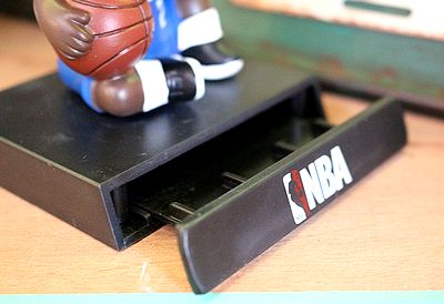 NBA レオナード 首振りドール スマホスタンド フィギュア アメリカ雑貨 通販 サンブリッヂ