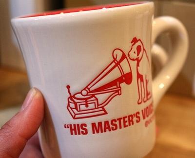 ビクター犬マグカップ ニッパー陶器マグ 焼印 VICTOR NIPPER アメリカ雑貨屋 サンブリッジ 通販
