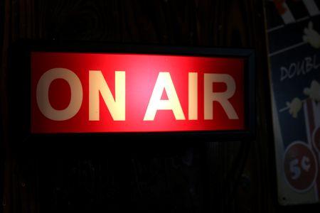 オンエアライト ONAIRライト 壁掛ライト ラジオライト アメリカ雑貨 通販 アメリカン雑貨 サンブリッヂ