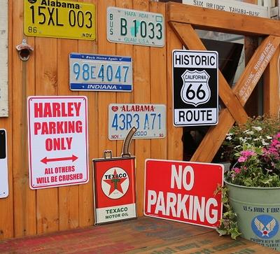 ハーレープラスチック看板 ハーレー専用駐車場 プラサイン アメリカ雑貨屋 サンブリッヂ