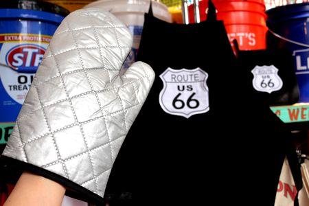 ルート66 エプロン 鍋敷き ミトン ルート66 キャンプ BBQ アメリカン アメリカ雑貨 通販 アメリカ雑貨屋 サンブリッヂ 通販商品