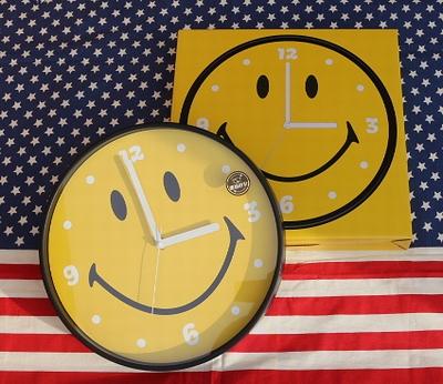 スマイルウォールクロック スマイル時計 アメリカン壁掛け時計 音がならないスイープ式 SMILE アメリカ雑貨屋 サンブリッヂ 通販