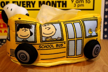 スヌーピー ティッシュケース スクールバス ティッシュカバー ピーナッツ チャーリーブラウン 雑貨 通販 サンブリッヂ