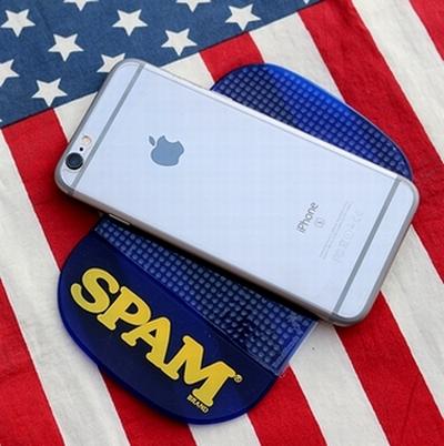 スパムダッシュボードマット 滑り止めマット SPAM DASHBORD MAT  アメリカ雑貨屋サンブリッヂ SUNBRIDGE 岩手雑貨