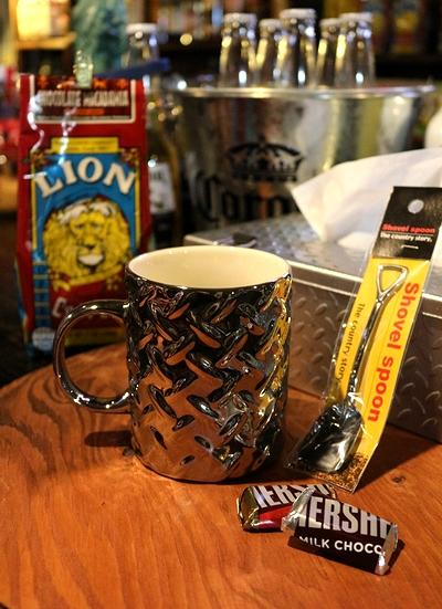 スチールマグカップ ガレージ鉄板マグカップ 縞鋼板雑貨 アメリカ雑貨屋 SUNBRIDGE サンブリッヂ アメリカン雑貨 通販