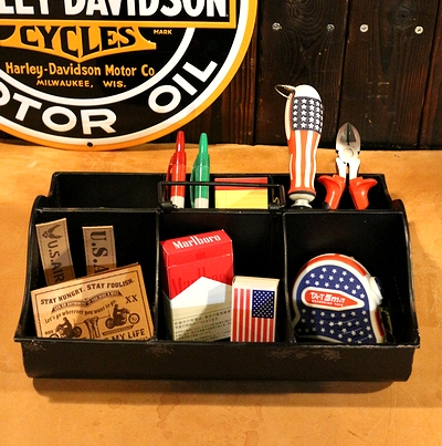 仕切りブリキボックス ブリキ箱 工具入れ グリーン入れ ガーデニング 仕切りつき収納ボックス アメリカ雑貨屋 サンブリッヂ