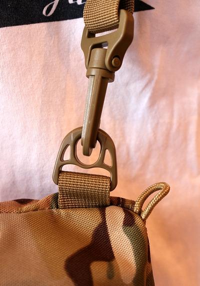 ショルダーポーチバッグ ミニミリタリーバッグ ミニアウトドアバッグ ミリタリーバッグ通販  サンブリッヂ
