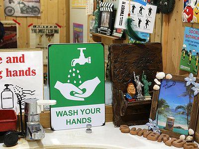 手を洗おう看板 アメリカン手洗いサイン WASH YOUR HANDS A4ブリキ看板 アメリカ雑貨屋 サンブリッヂ