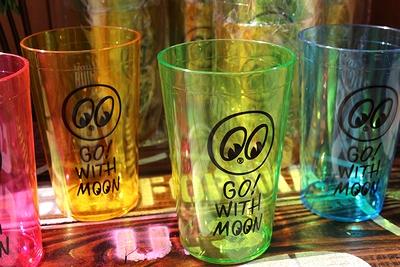 ムーンアイズプラスチックカップ ムーンアイズ コップ アメリカ雑貨屋 サンブリッヂ 通販